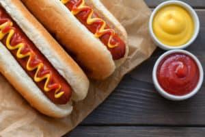 Hot Dogs auf der Kindergeburtstagsparty